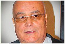 السيد خليل فيصل الرئيس المدير العام لمجمع الطاسيلي